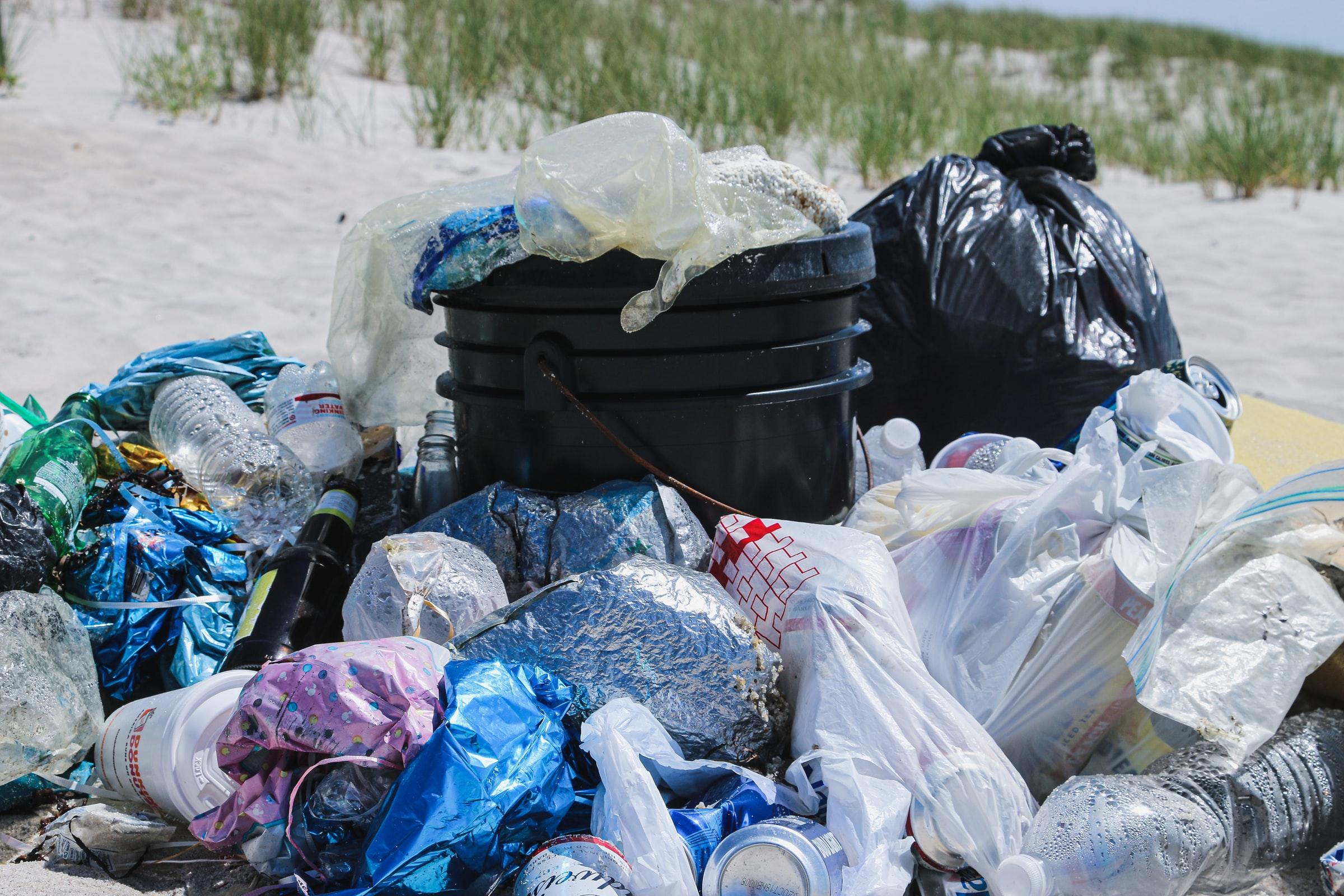 piles-of-plastic-waste